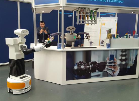 TIAGo at SCHUNK robotic cocktailbar.