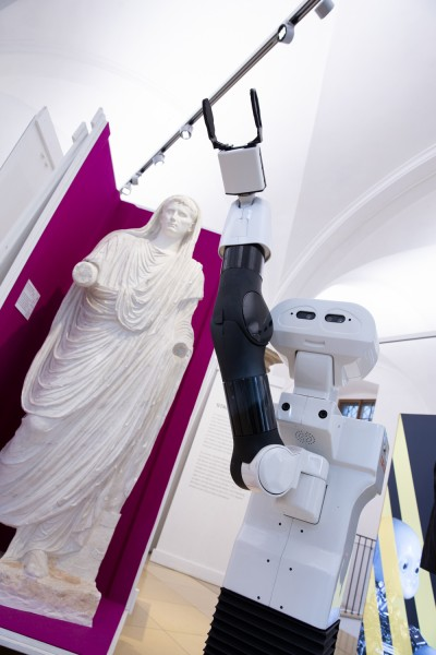 erw2018-europe-robotics-web-tiago-robot-reem-c-humanoid