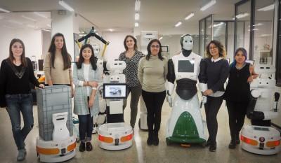Women-in-stem-robotics-international-womens-day