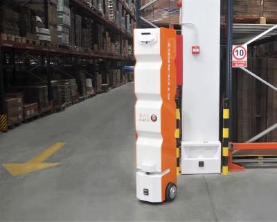 autonomous-mobile-robots-stockbot-stock-robot