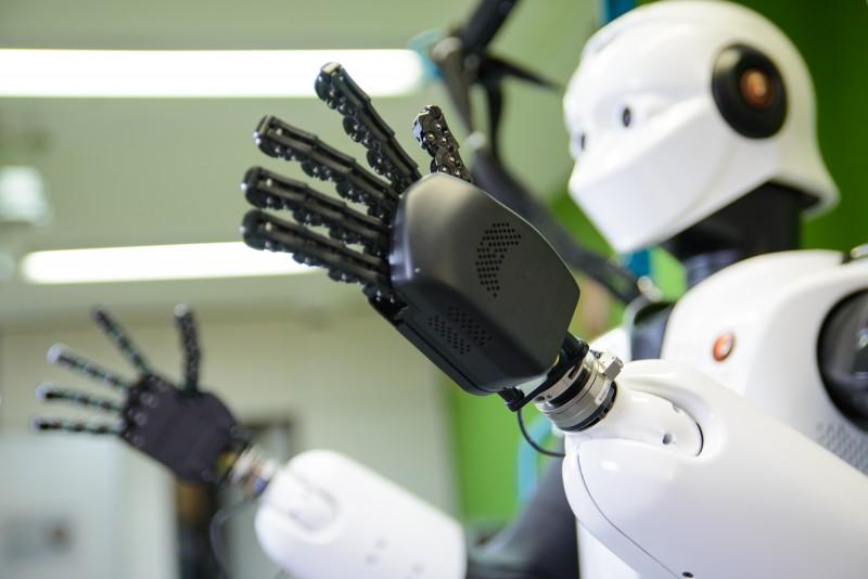 REEM-C-humanoids-pal-robotics-biped