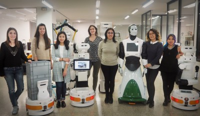 Women-in-stem-robotics-international-womens-day
